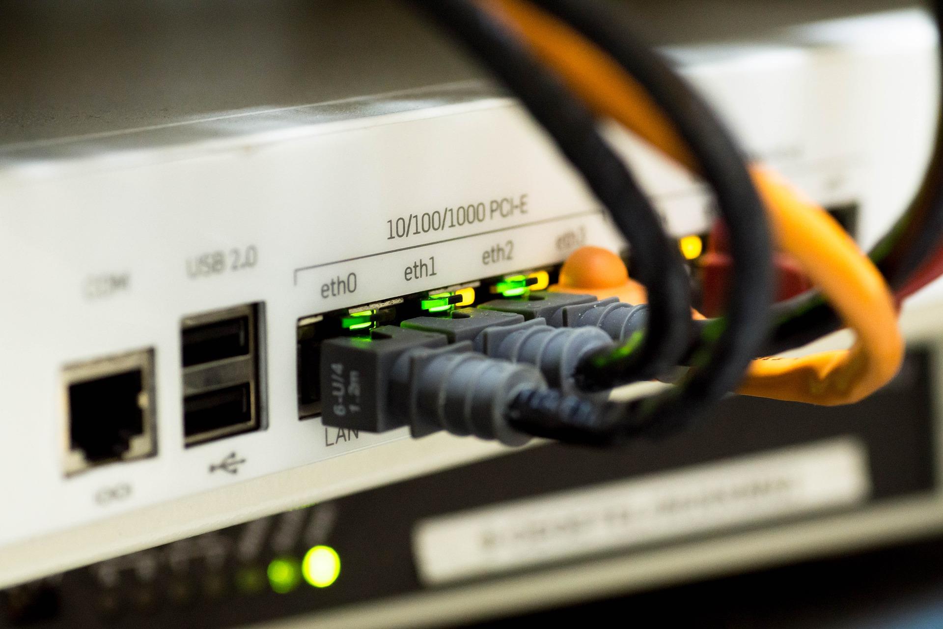 Εγκατάσταση δικτύου data/voice/power σε Πρεσβεία στην Αθήνα